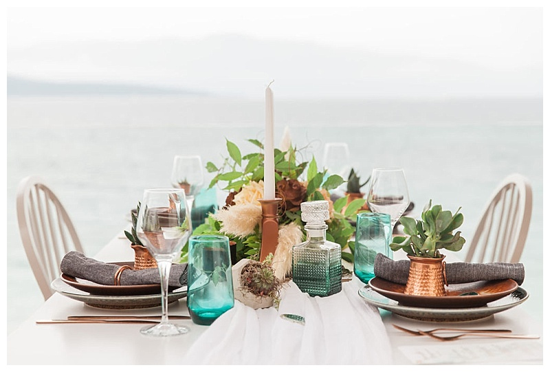 Emerald and copper wedding table decor